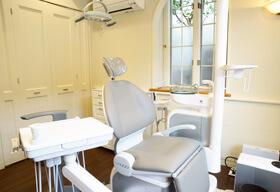 外科治療もできる特別診察室